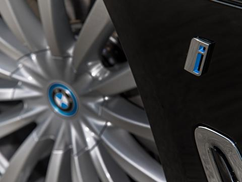 BMW electrification