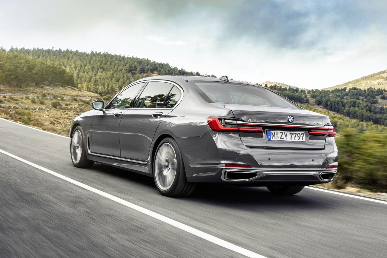 2020 bmw 7 series rear