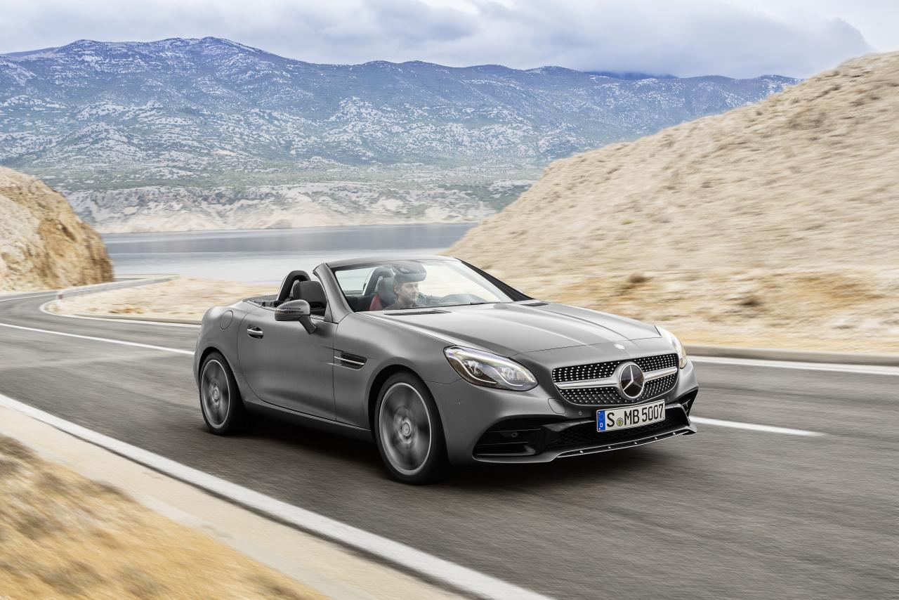 2019 Mercedes-Benz SLC front