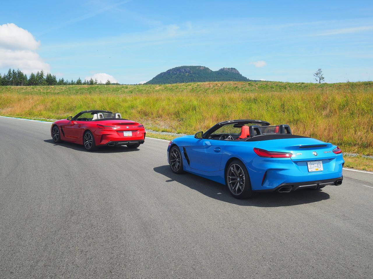 pair of 2020 bmw z4 back